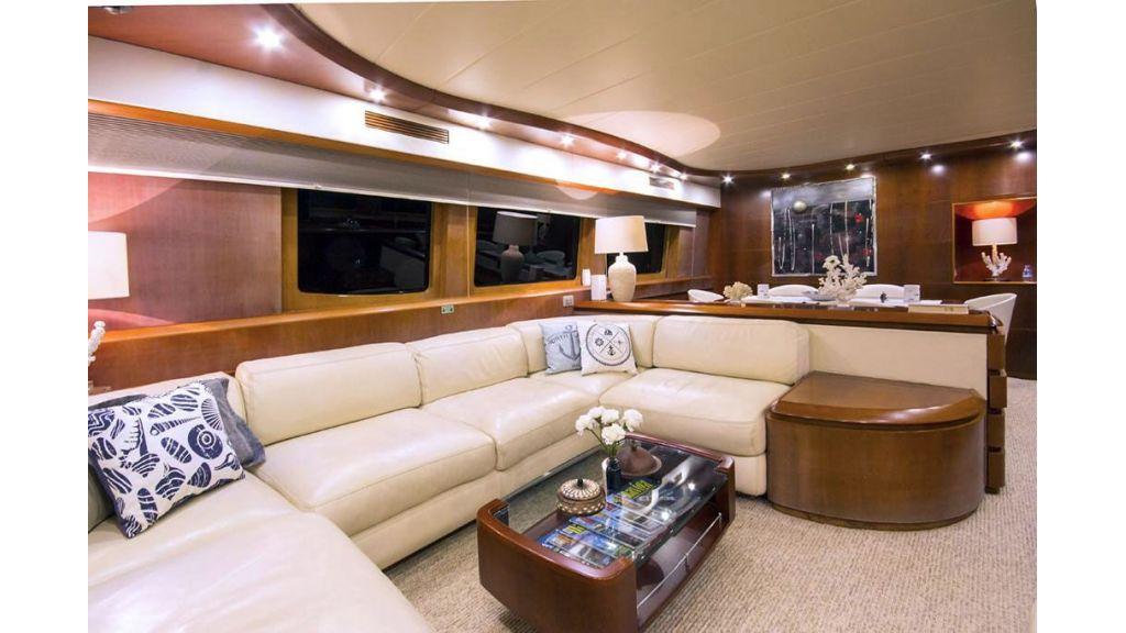 Caelum Motor Yacht (10)