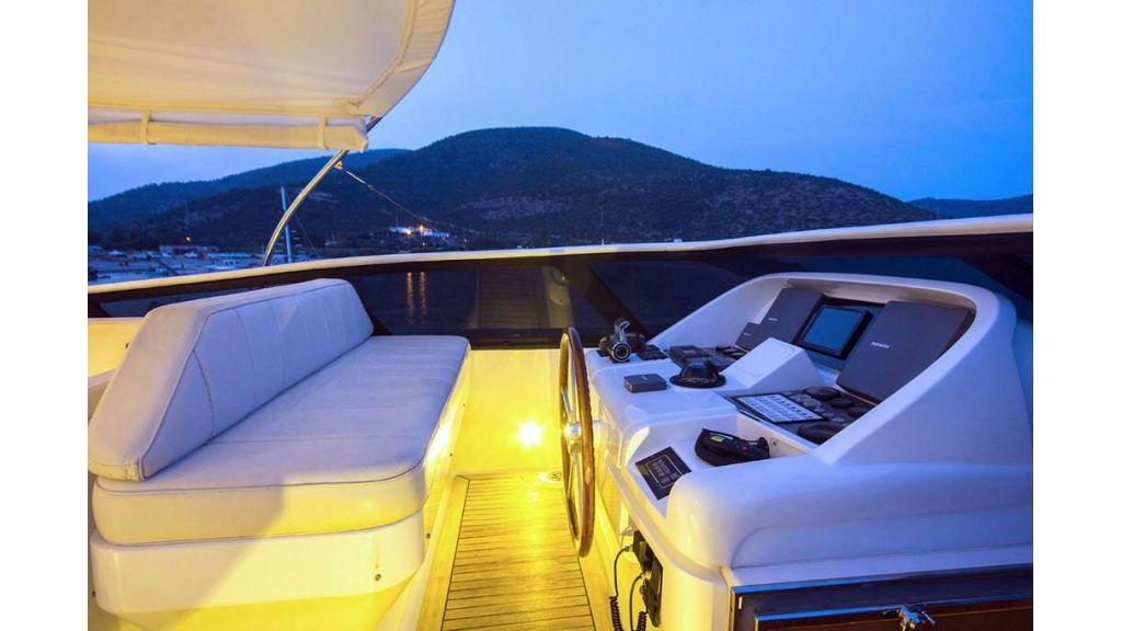 Caelum Motor Yacht (15)
