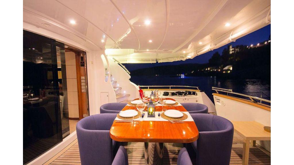 Caelum Motor Yacht (20)