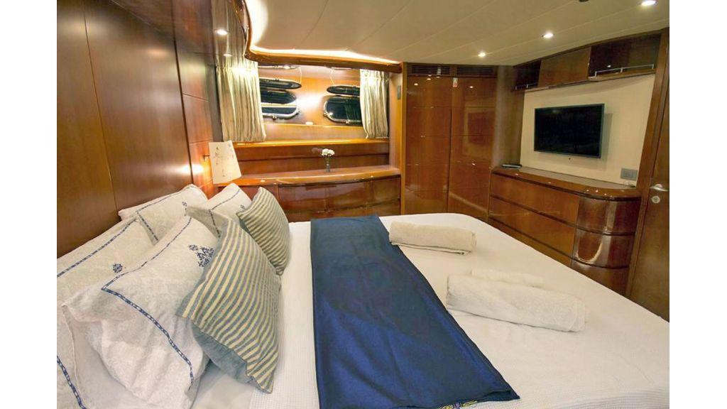 Caelum Motor Yacht (24)