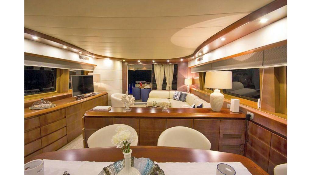 Caelum Motor Yacht (27)