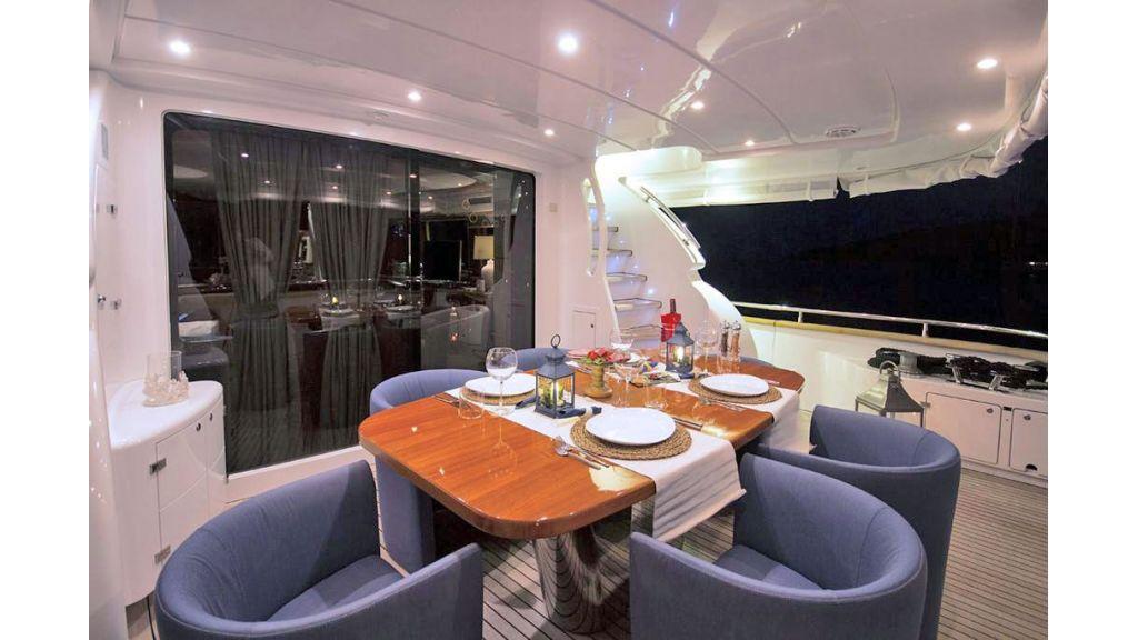 Caelum Motor Yacht (28)