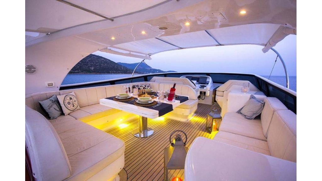 Caelum Motor Yacht (33)