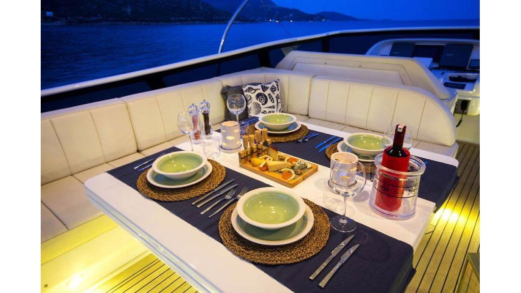 Caelum Motor Yacht (40)