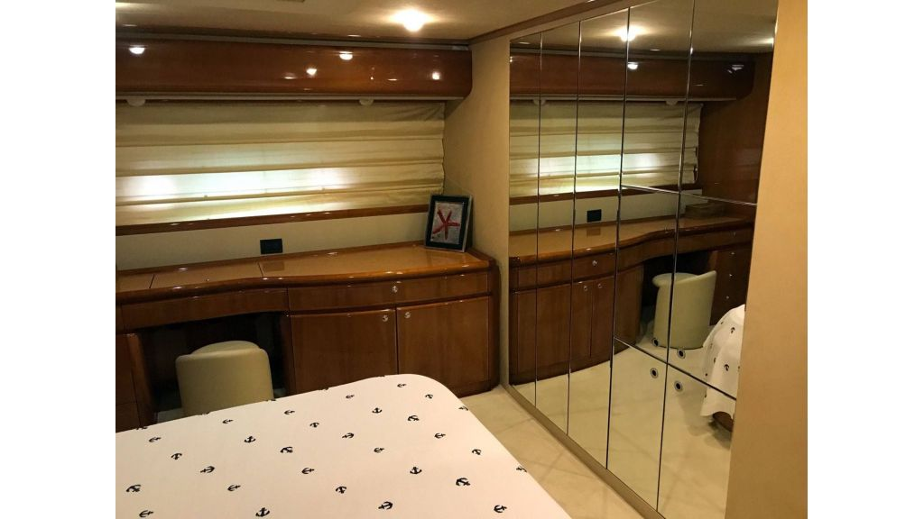 Ferretti-760 For Sale (39)