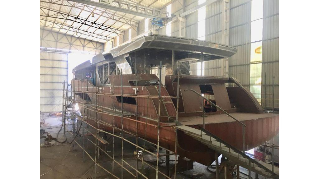 New 32m custom superyacht (8)