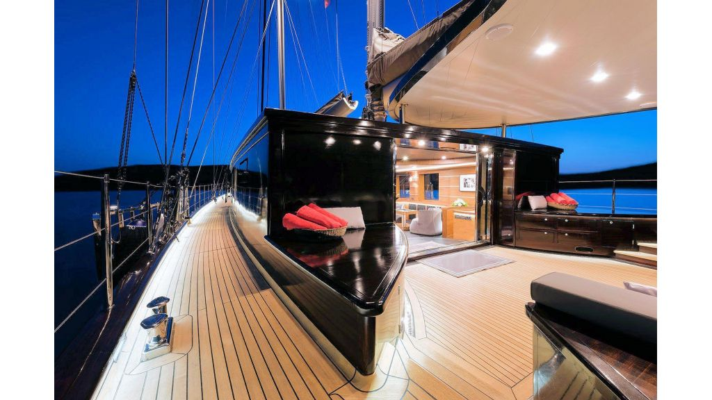 Pro Sailing Yacht (24)