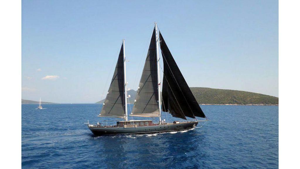 Pro Sailing Yacht (3)
