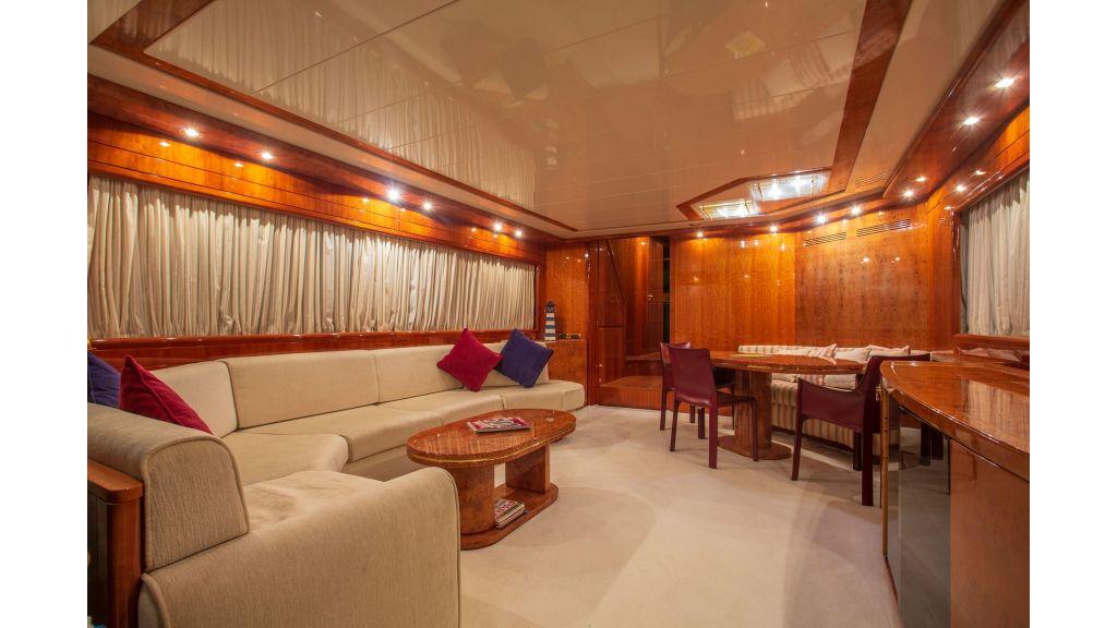Sanlorenzo 75ft motor yacht (23)