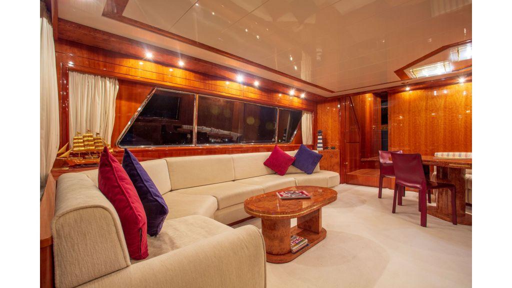 Sanlorenzo 75ft motor yacht (27)