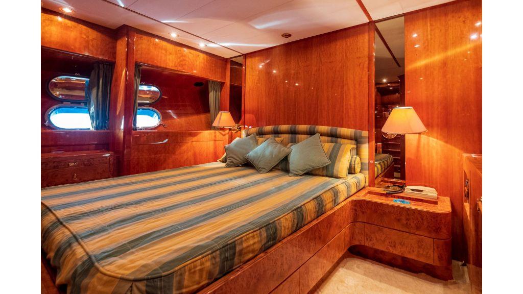 Sanlorenzo 75ft motor yacht (33)