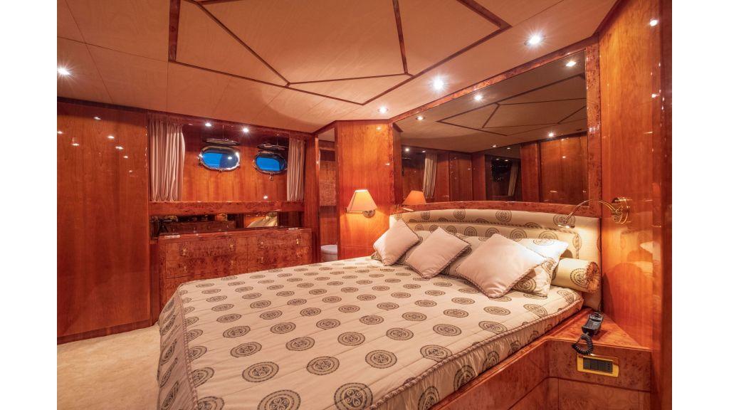Sanlorenzo 75ft motor yacht (52)