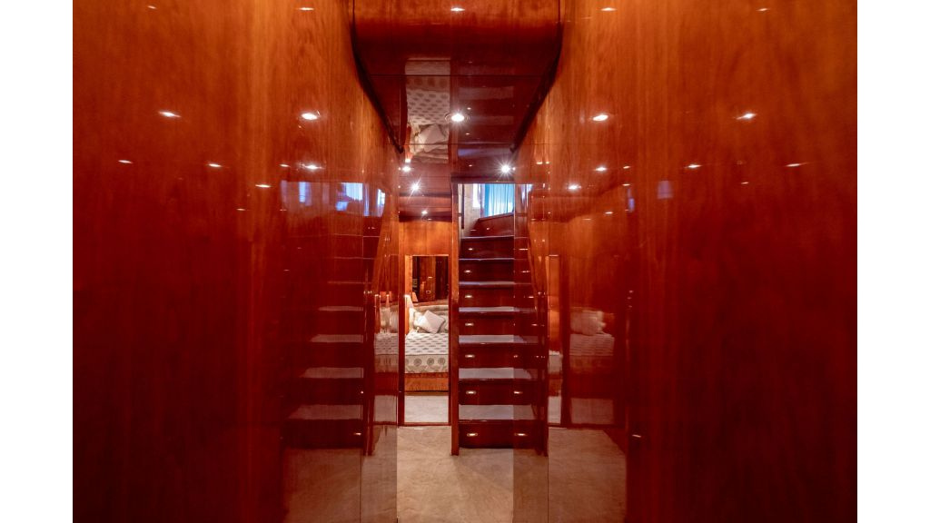 Sanlorenzo 75ft motor yacht (59)