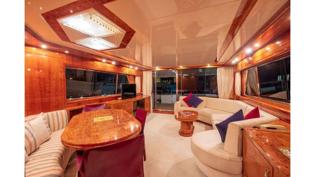 Sanlorenzo 75ft motor yacht