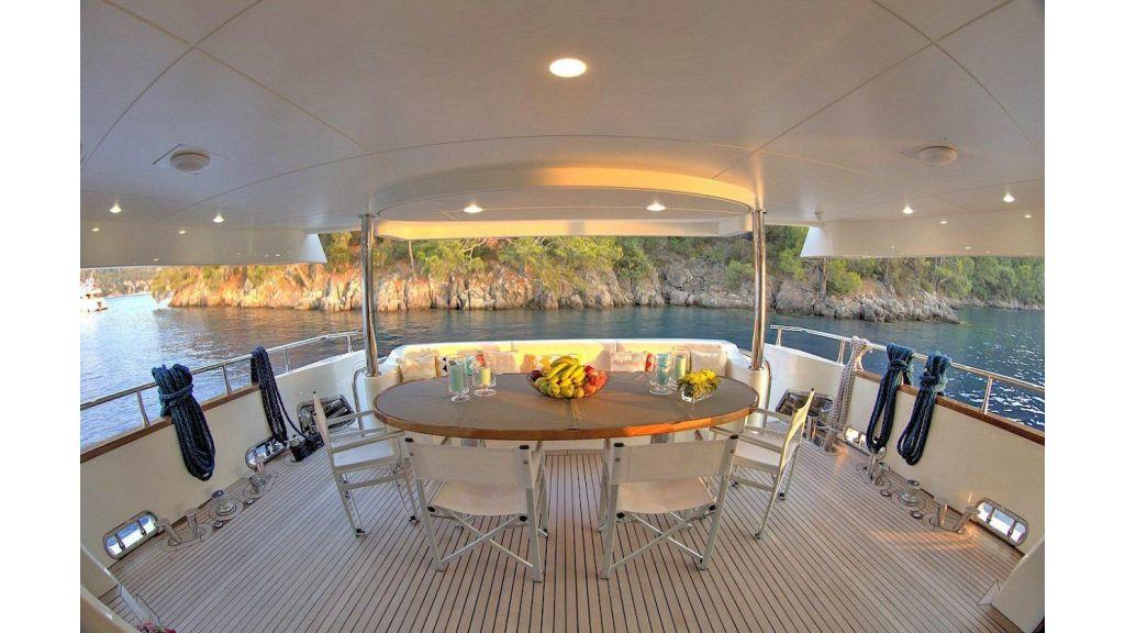 Archsea Motor Yacht (2)