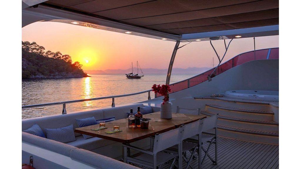 Archsea Motor Yacht (25)