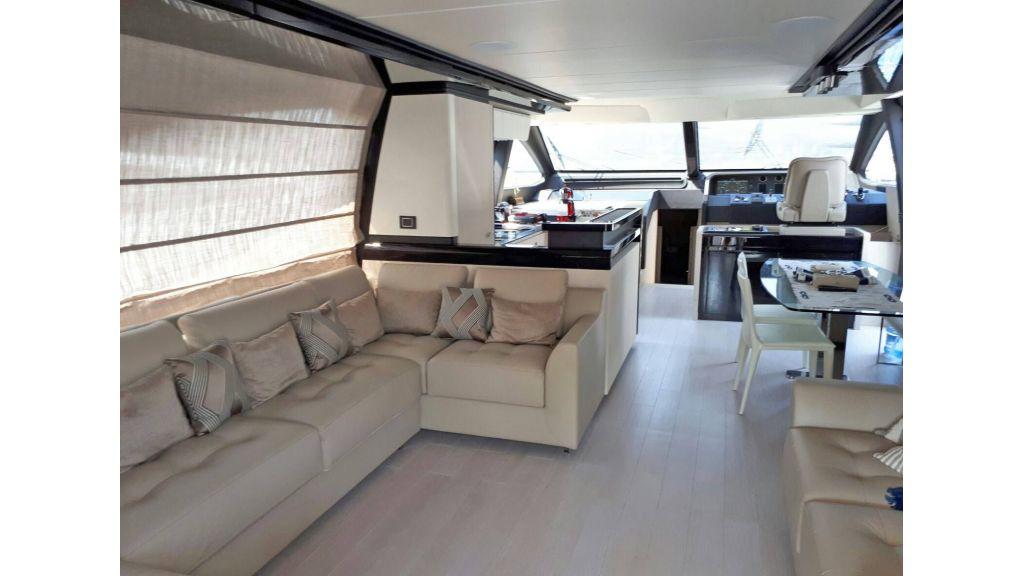 Azimut 72 Motor Yacht (11)