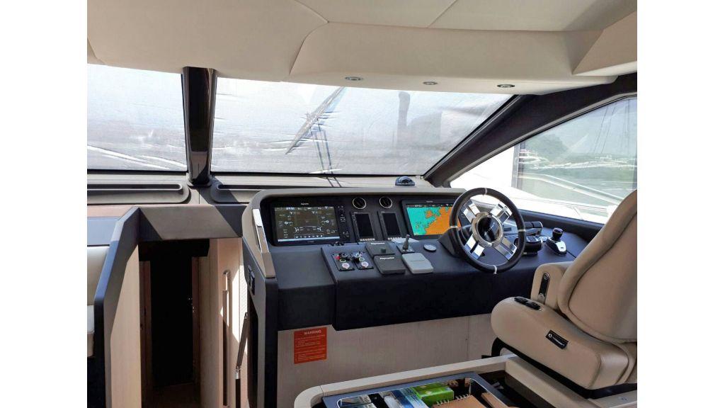 Azimut 72 Motor Yacht (13)
