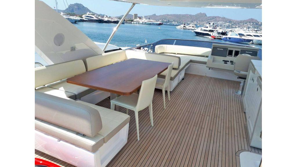 Azimut 72 Motor Yacht (16)