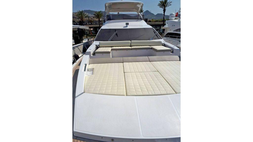 Azimut 72 Motor Yacht (17)