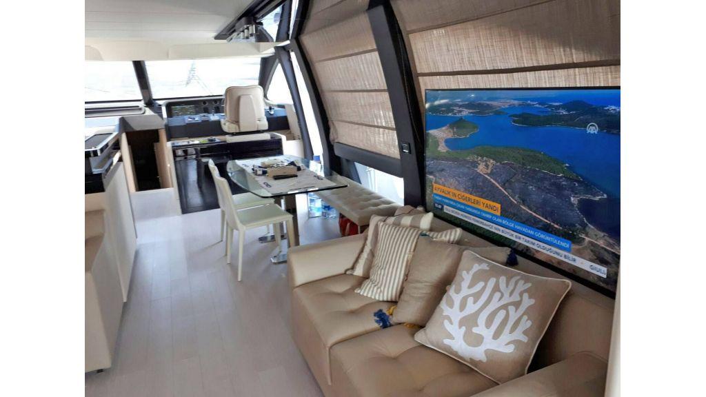 Azimut 72 Motor Yacht (8)