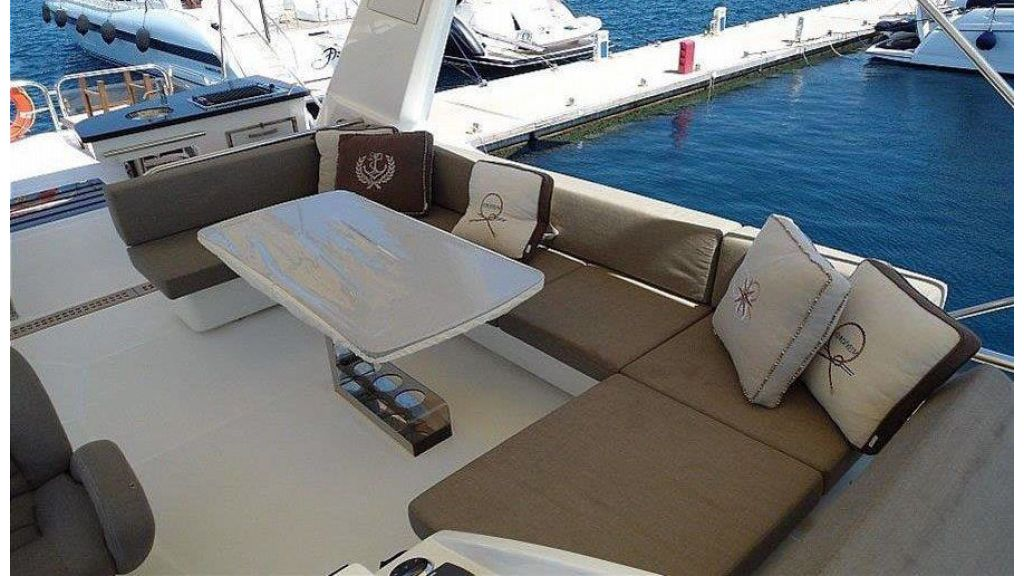 Cranchi 66fly Motor Yacht (5)