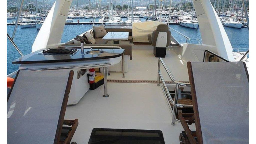 Cranchi 66fly Motor Yacht (6)