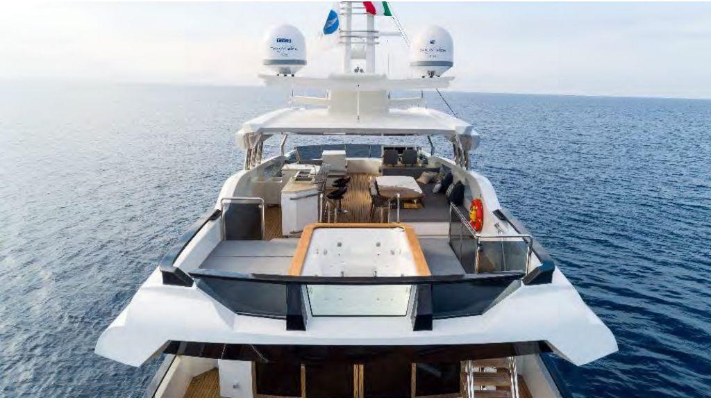 Kando 110 Motor Yacht (19)