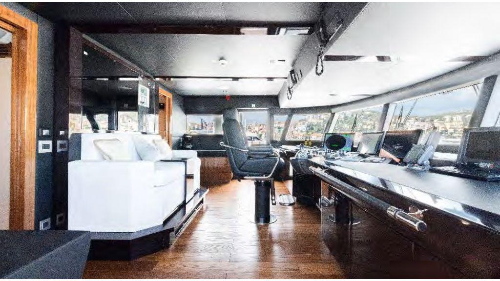 Kando 110 Motor Yacht (20)