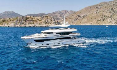 Kando 110 Motor Yacht (3)