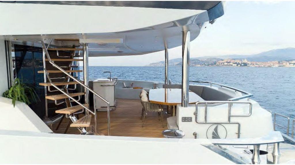 Kando 110 Motor Yacht (5)