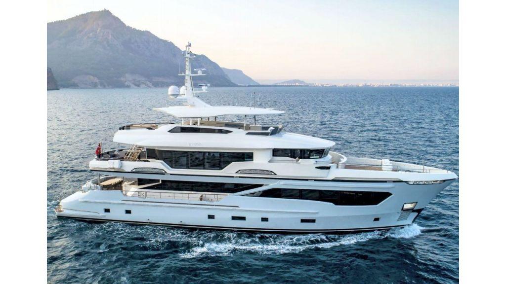 Kando 110 Motor Yacht (6)
