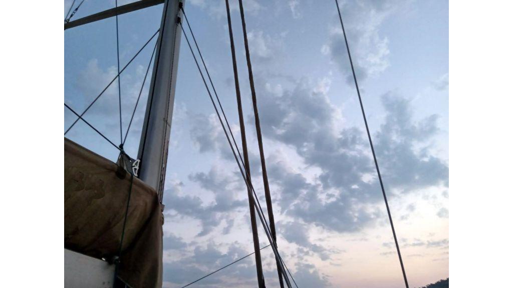 Luxury 2 Cabins Sailing Yacht (11)
