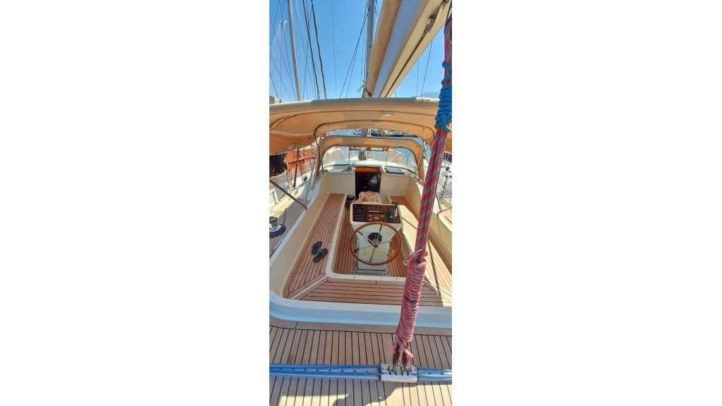 Luxury 2 Cabins Sailing Yacht (14)