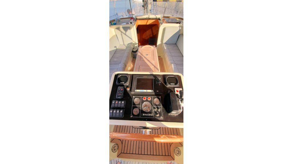 Luxury 2 Cabins Sailing Yacht (16)