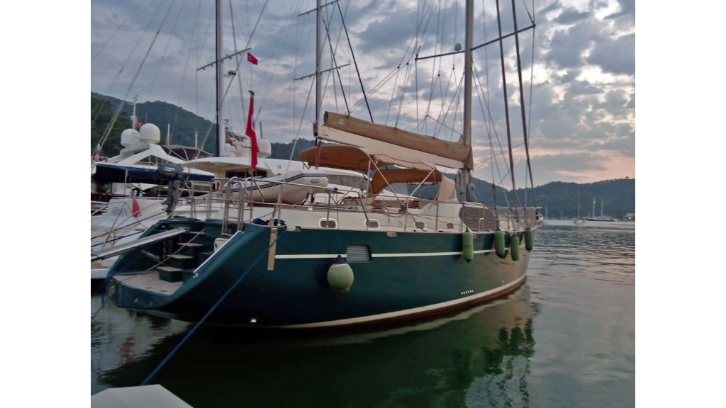 Luxury 2 Cabins Sailing Yacht (18)