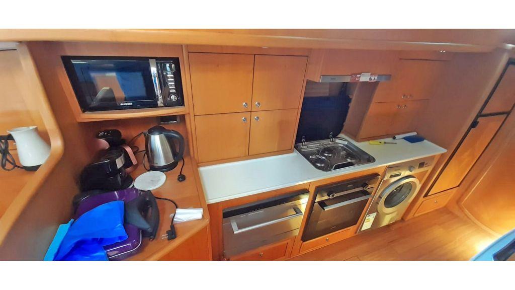 Luxury 2 Cabins Sailing Yacht (27)