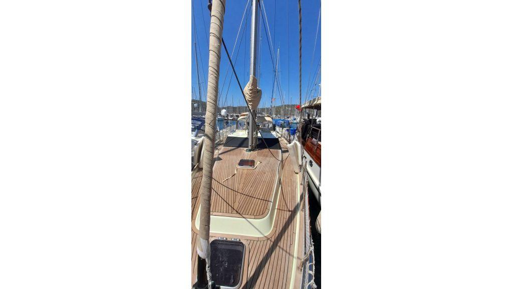 Luxury 2 Cabins Sailing Yacht (5)