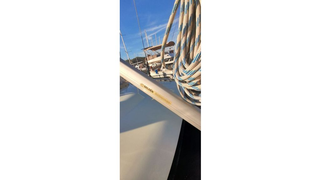 Luxury 2 Cabins Sailing Yacht (7)