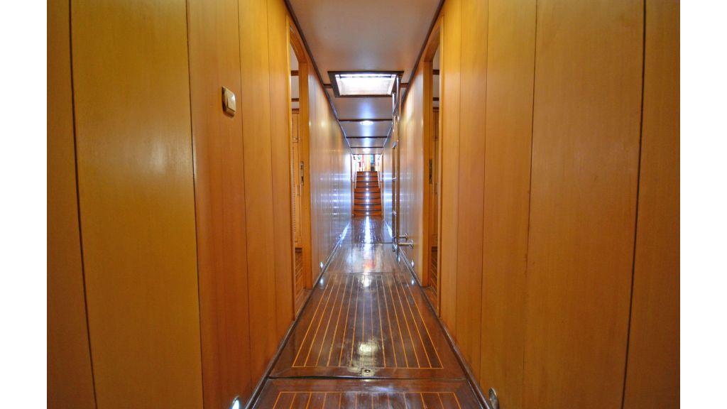 40m Luxury Transom Gulet (11)