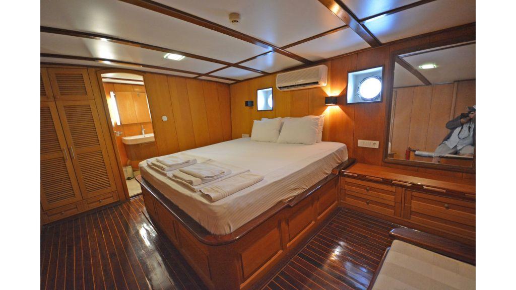 40m Luxury Transom Gulet (18)