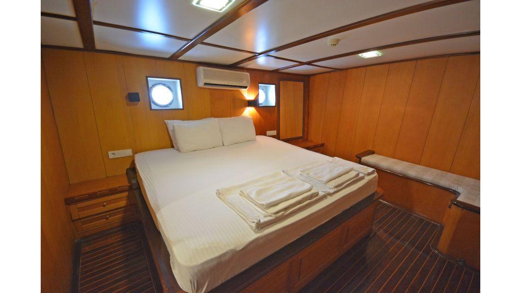 40m Luxury Transom Gulet (20)