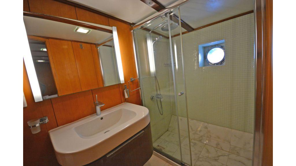 40m Luxury Transom Gulet (21)