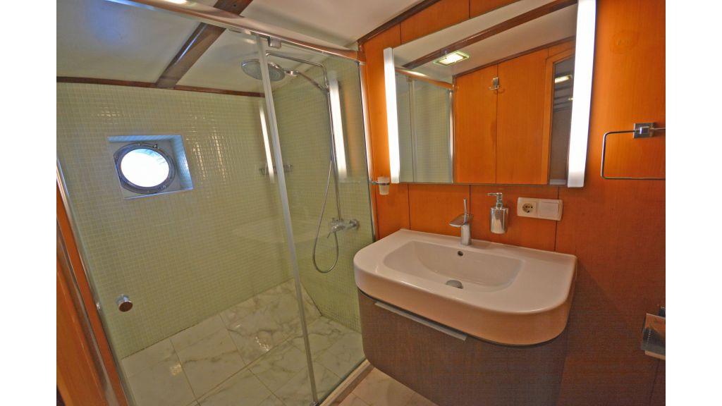 40m Luxury Transom Gulet (24)