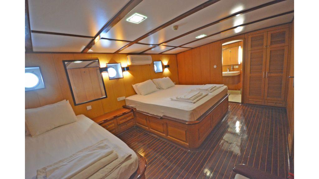 40m Luxury Transom Gulet (26)