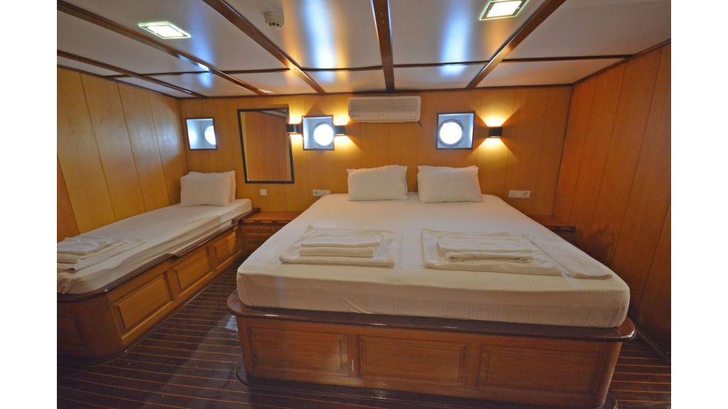 40m Luxury Transom Gulet (27)
