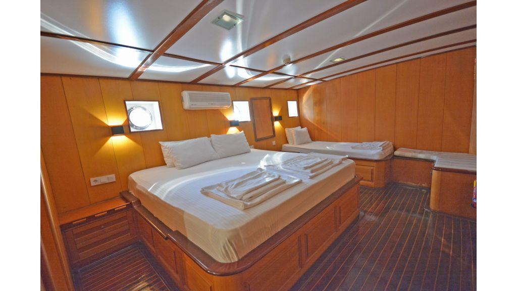 40m Luxury Transom Gulet (30)