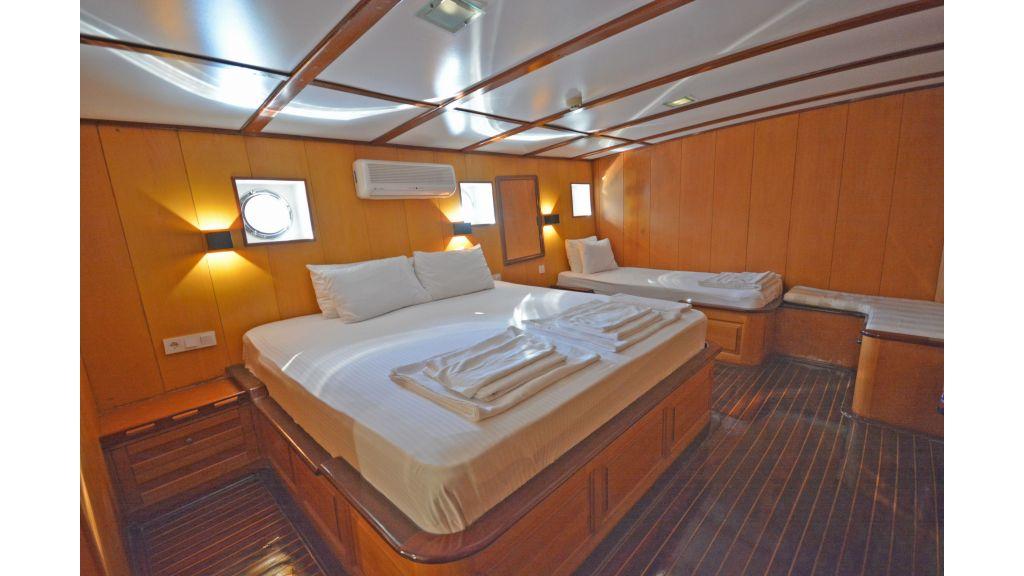 40m Luxury Transom Gulet (31)