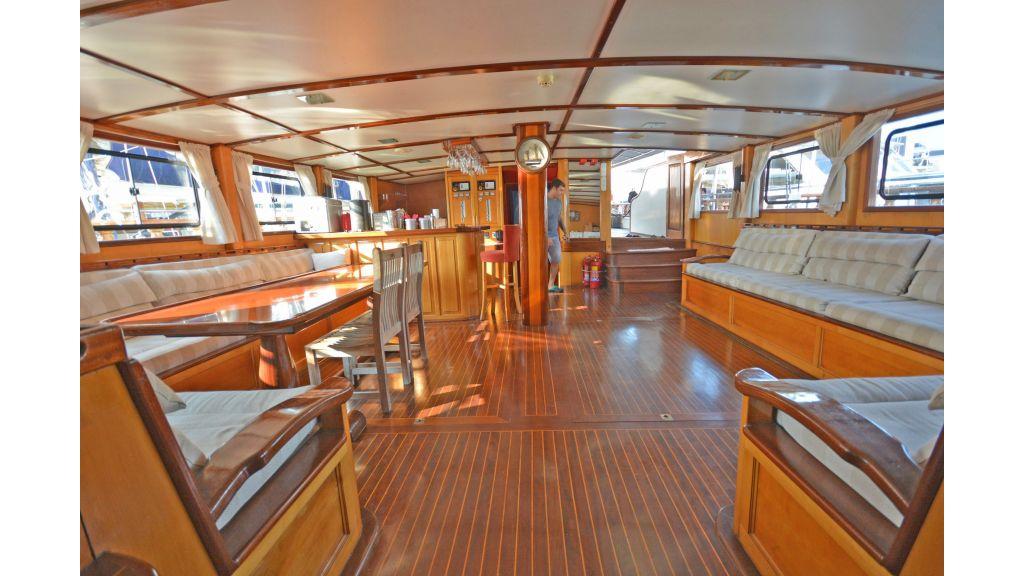 40m Luxury Transom Gulet (34)