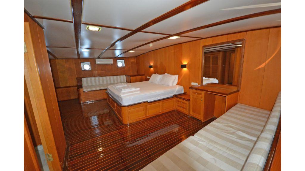 40m Luxury Transom Gulet (4)
